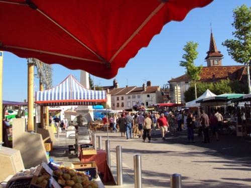 800x600_Web---Marche-Louhans---Ville-de-Louhans-Chateaurenaud.JPG